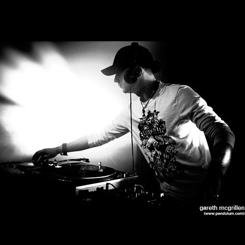 Gareth (DJ Speed)